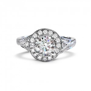 A 0.82 carat diamond mounted in 18k white gold with G VS quality diamonds